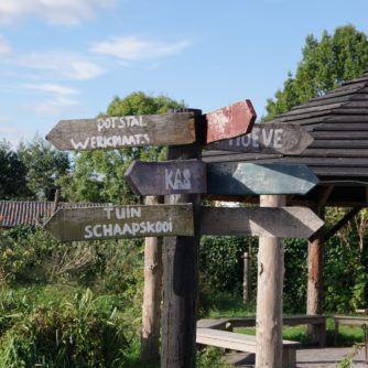 houten routepaal
